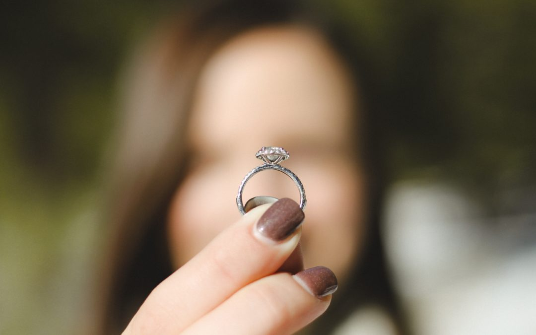 You are Missing Out When You Buy Diamonds Online